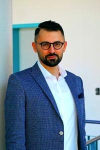 Dr. Mustafa Oglakcioglu